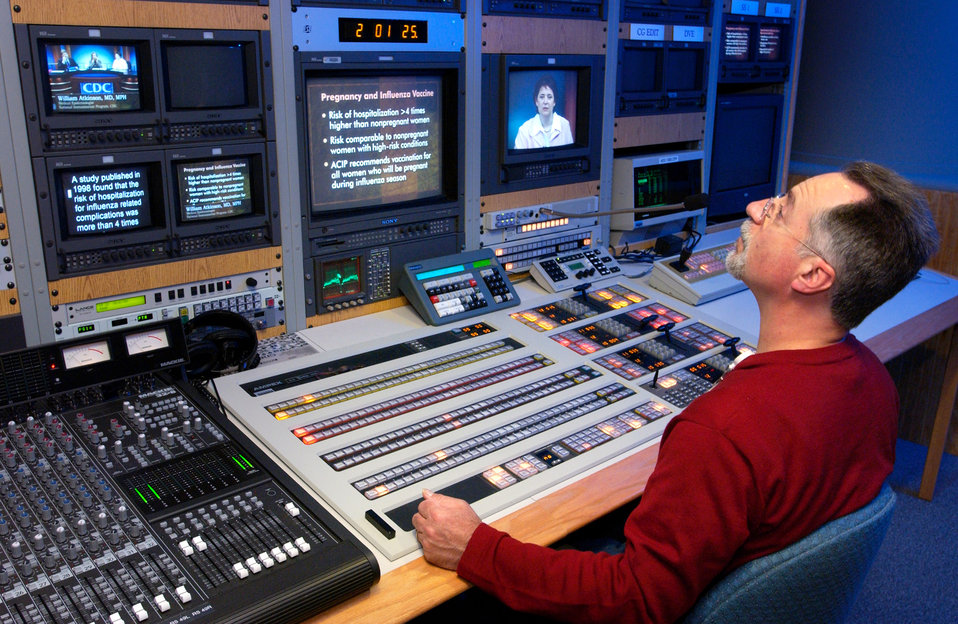 This 2004 photograph showed Division of Creative Services (DCS), Senior Editor/Technical Director Lee Bookman, at work in the CDC's broadcas