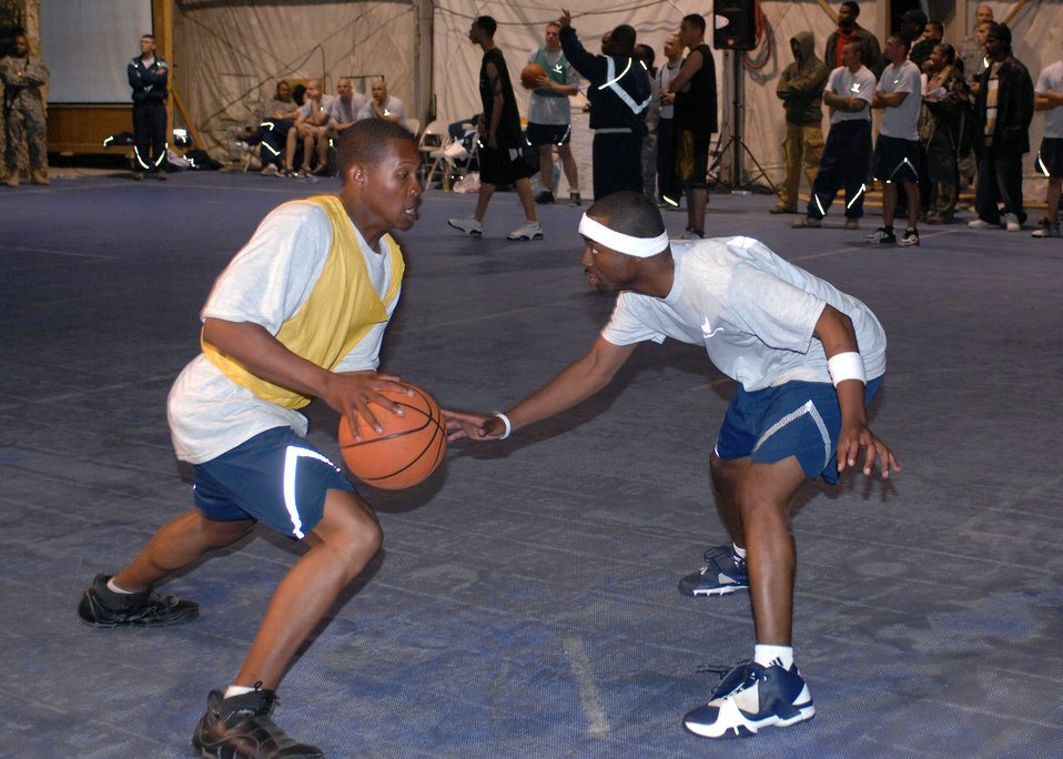 Servicemembers have March Madness Bagram style