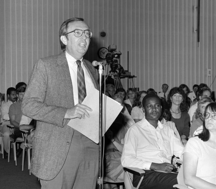 This photograph showed Dr. Frederick A. Murphy, former Director of the National Center for Infectious Diseases, asking questions of Dr. Jona
