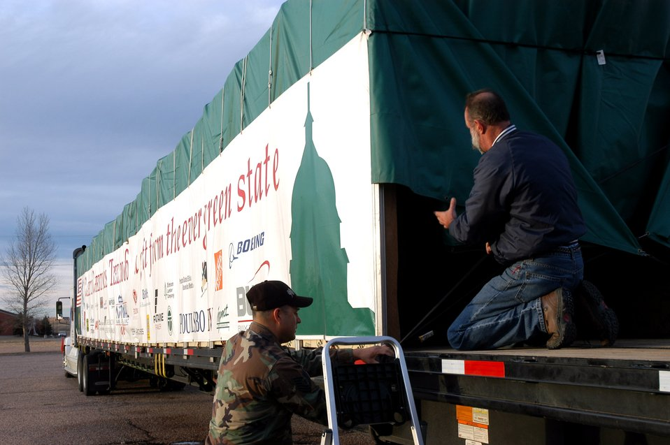 Capitol Christmas Tree visits Wyoming base