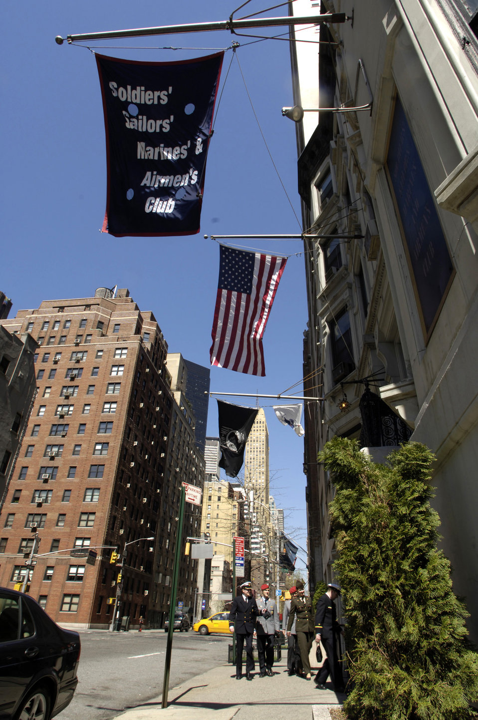 Manhattan's cheapest lodging for 'Those Who Serve'