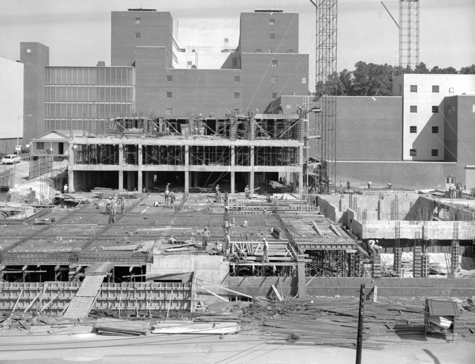 Lab additions E & D under construction at the Roybal Campus, Clifton Road, in 1964 (looking northeast).