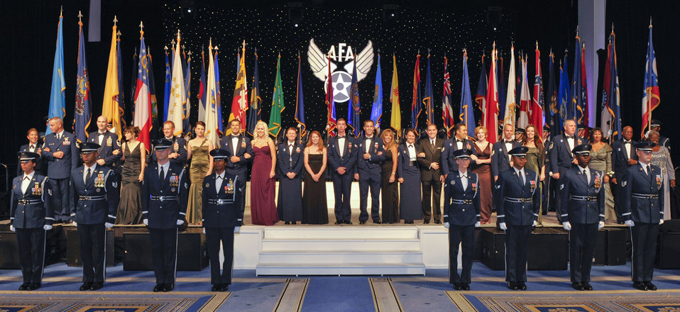 Outstanding Airmen honored at dinner