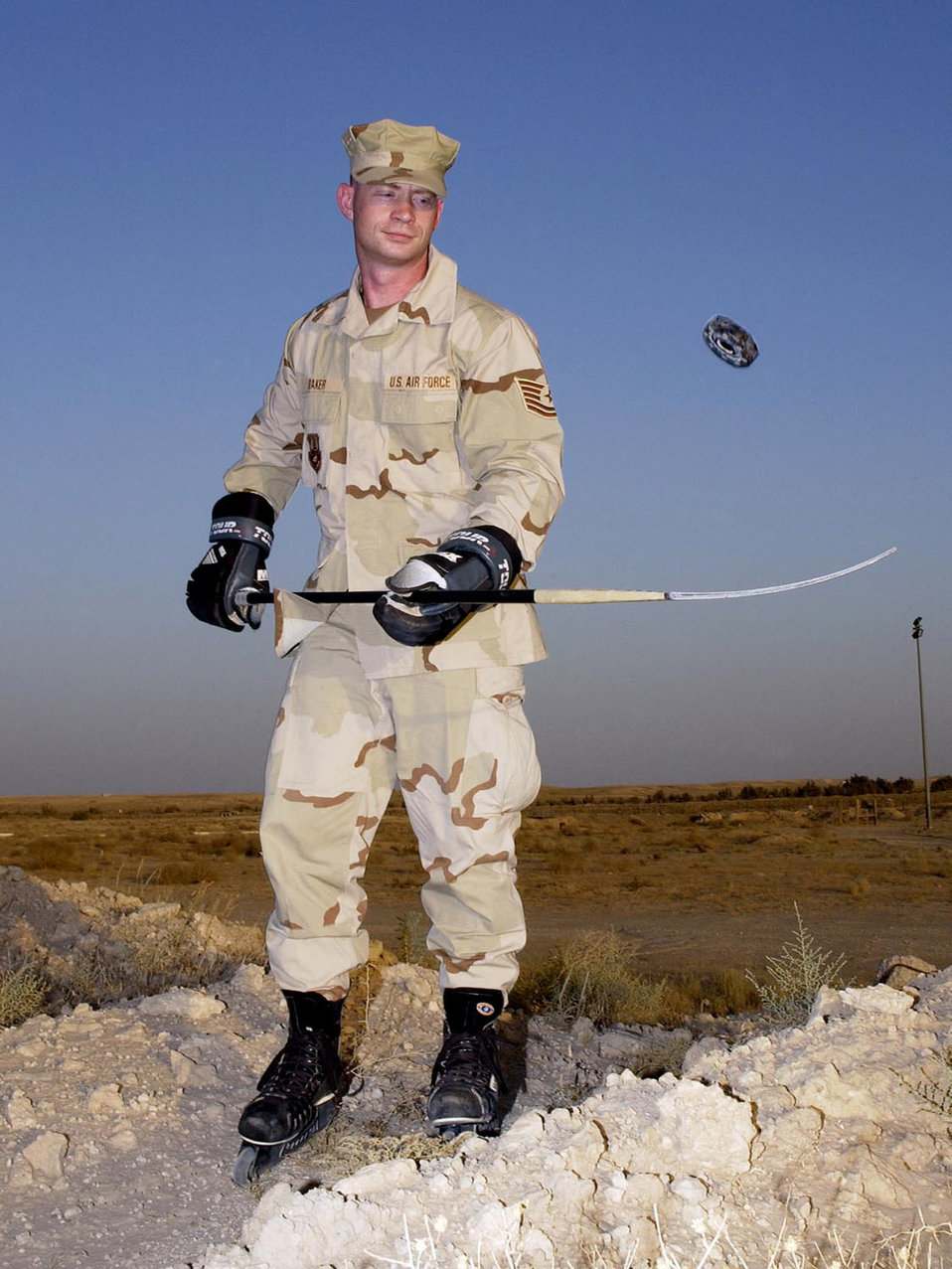 Airman finds peace in desert playing hockey