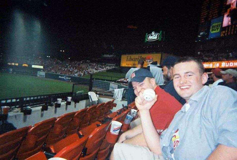 Lieutenant catches Griffey's 564th home-run ball
