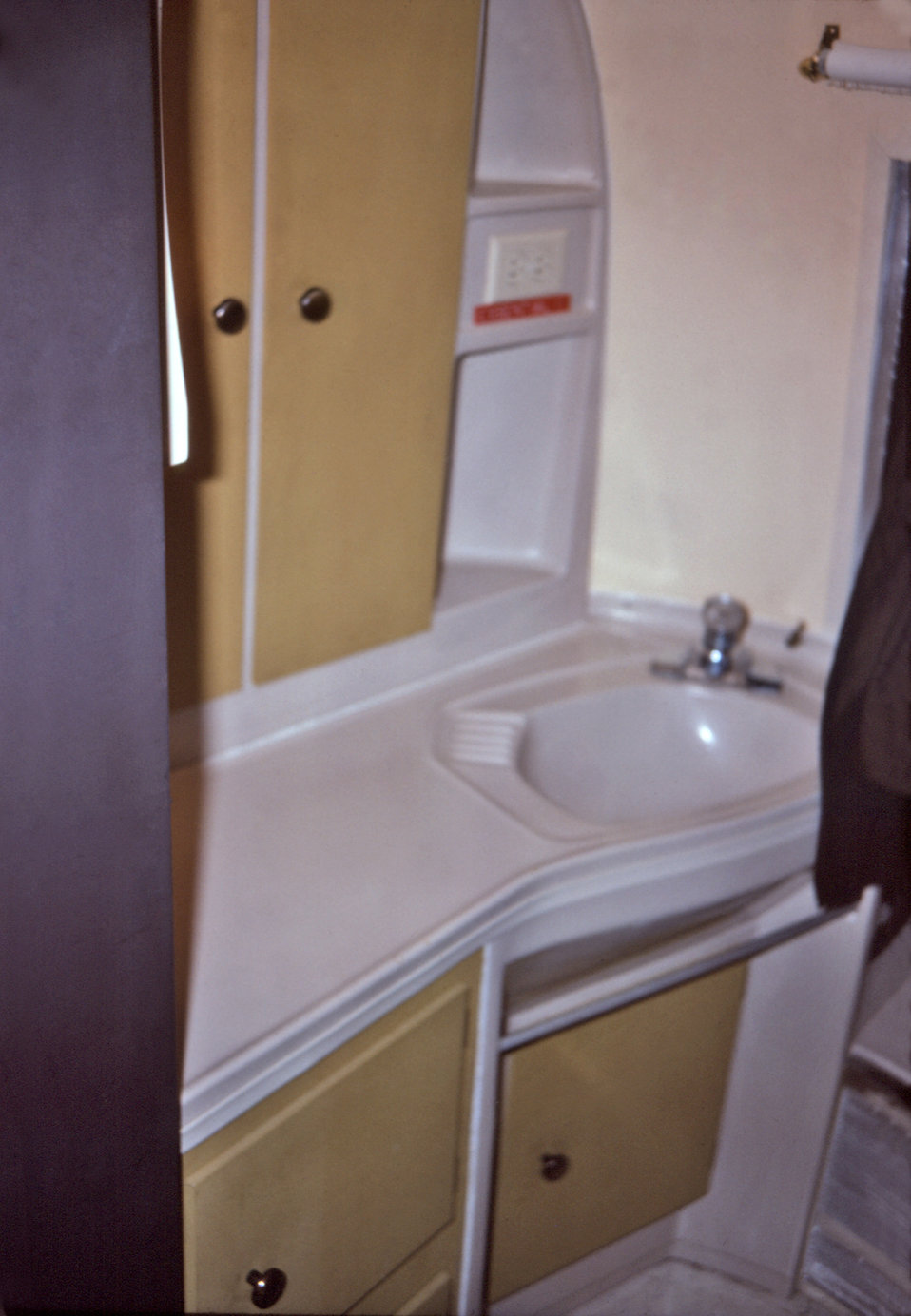 Shown here was the bathroom sink located within a mobile quarantine facility (MQF), which was photographed during a 1976 simulated medical q
