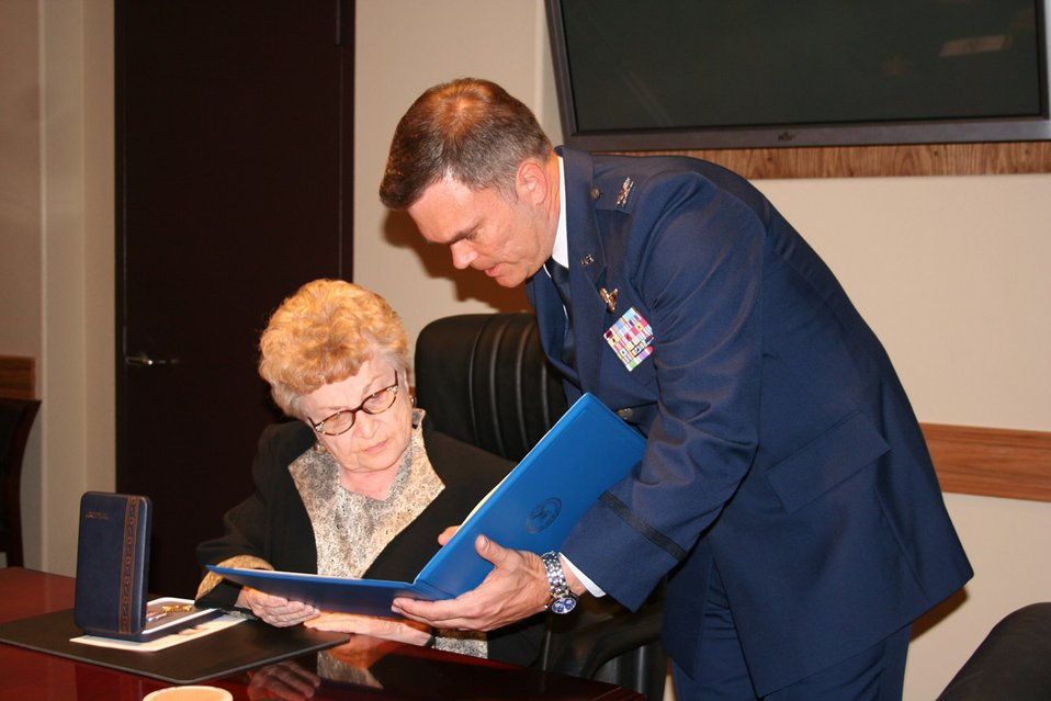 Cold War veteran receives Distinguished Flying Cross