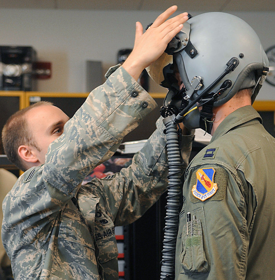 Airmen enhance F-15E capabilities with helmet-mounted cueing system