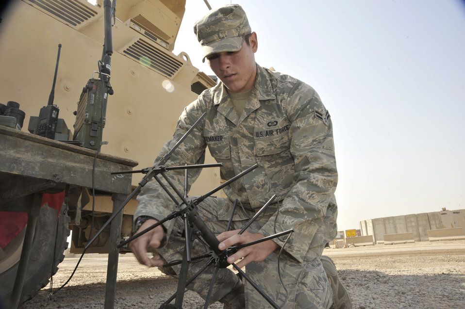 Airmen assist Army ground movements in Iraq