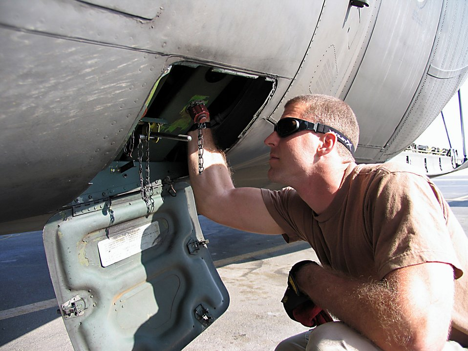 Maintainers keep aircraft flying