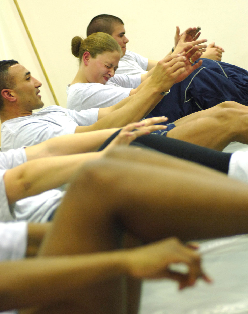 Airmen, Soldiers get to core of crunches