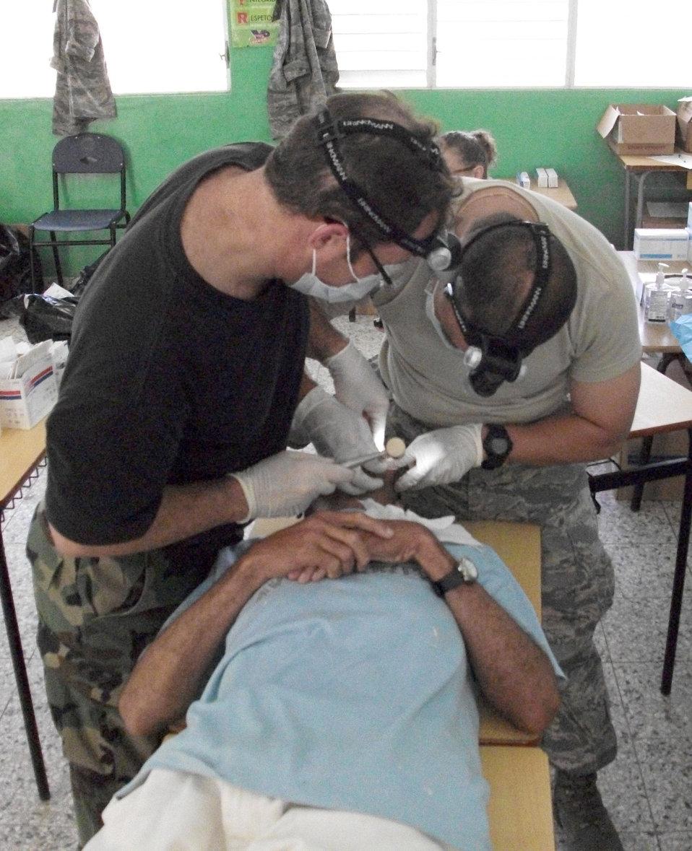 Reserve medics treat 8,000 patients in Dominican Republic