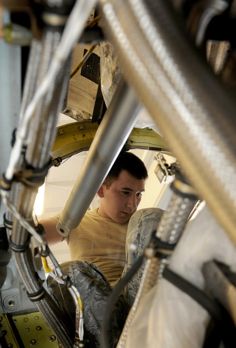 Engine mechanics cross train
