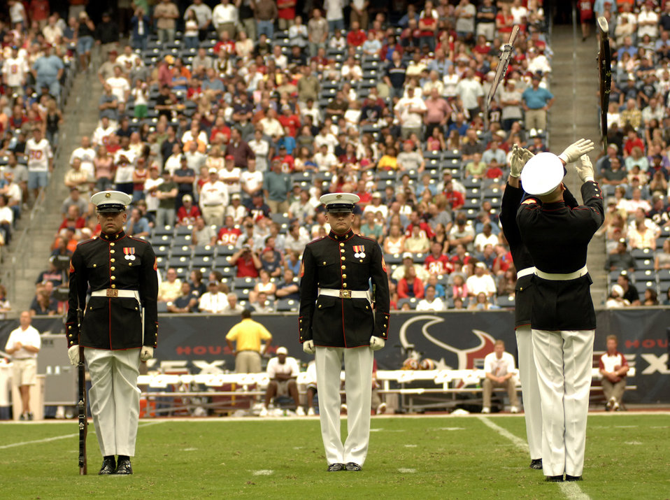 The Texans honored military servicemembers in their Salute to the Military day