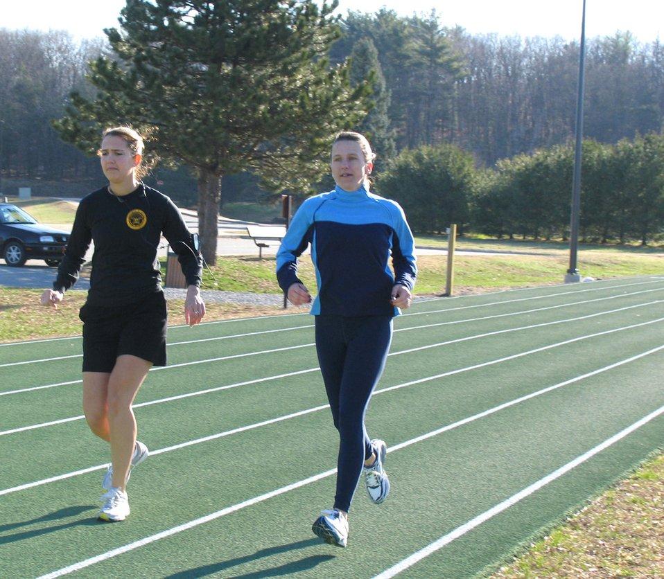 Marathon runners conquer Boston, Heartbreak Hill