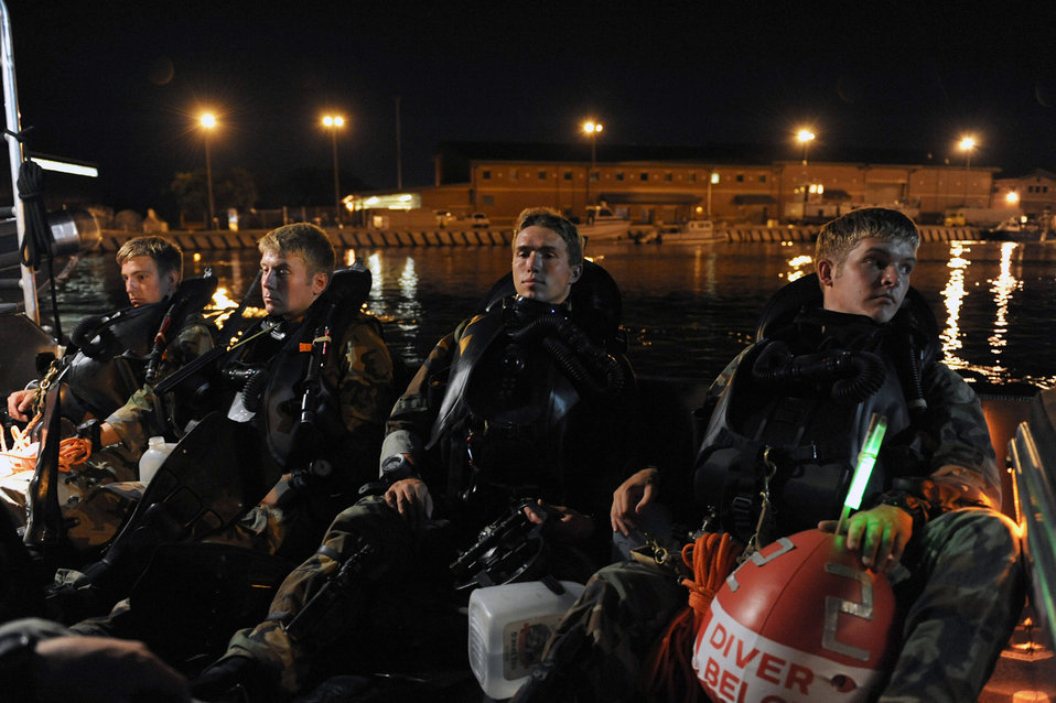 Tyndall Airmen prepare for morning dive