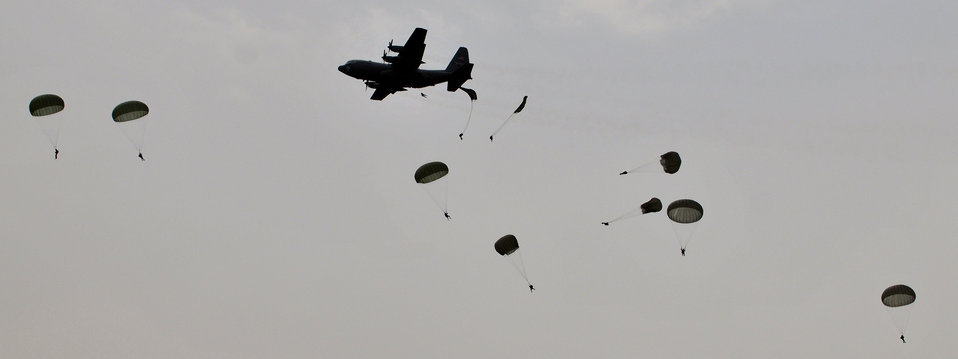 Airmen commemorate D-Day