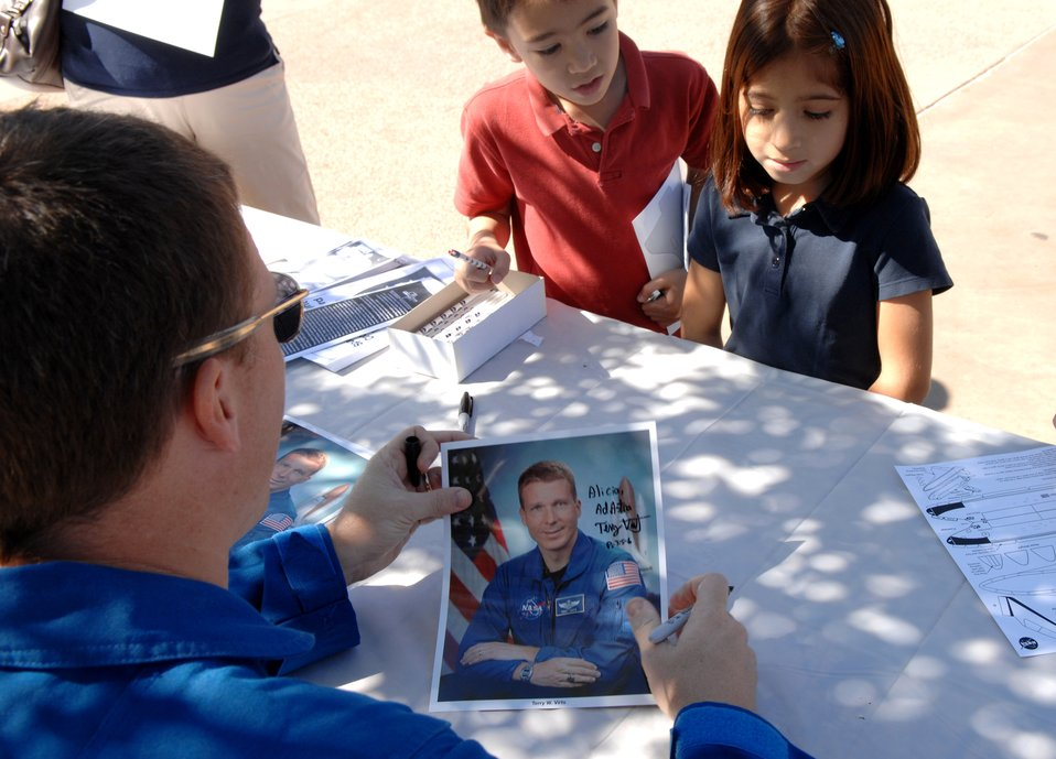 Air Force Week displays highlight airpower