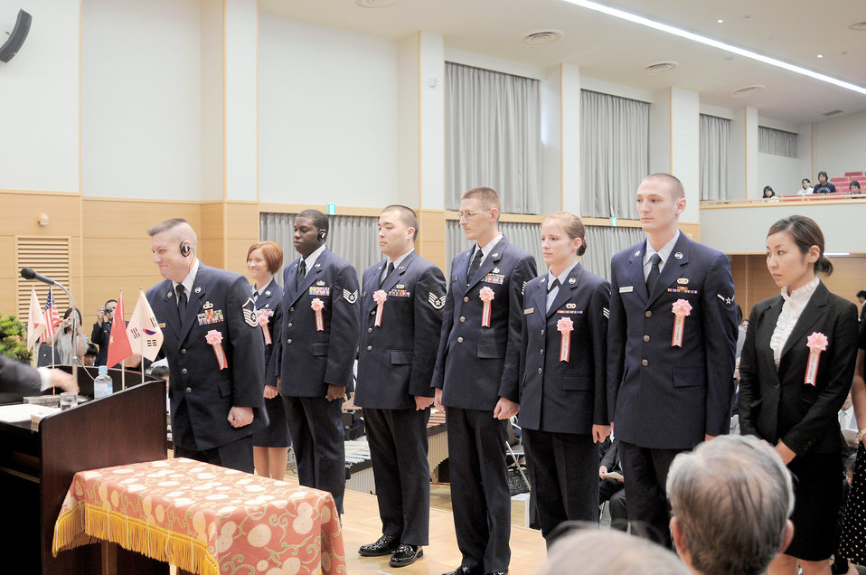 Airmen recognized for community service