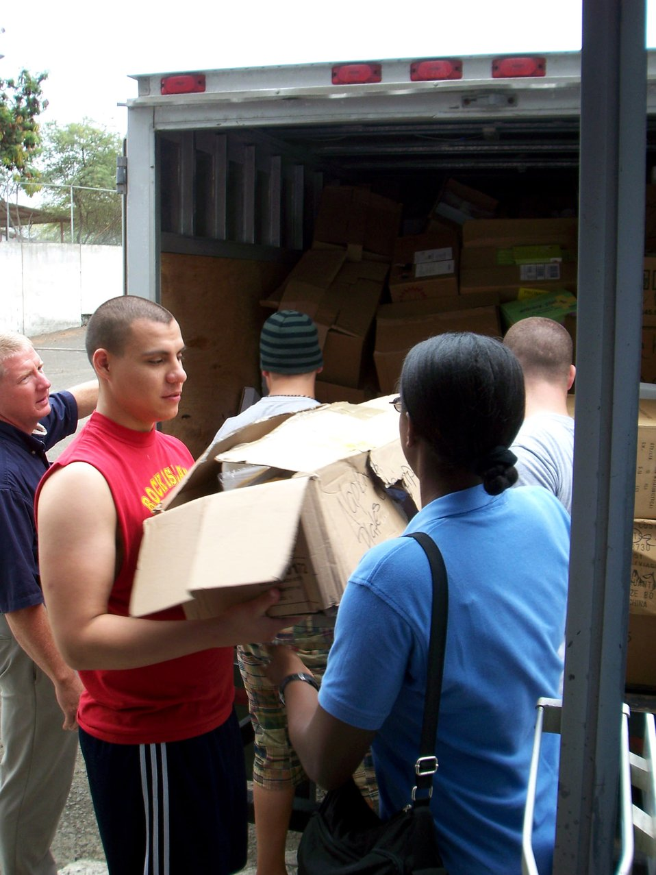 Manta Airmen deliver truckload of donations to burn center