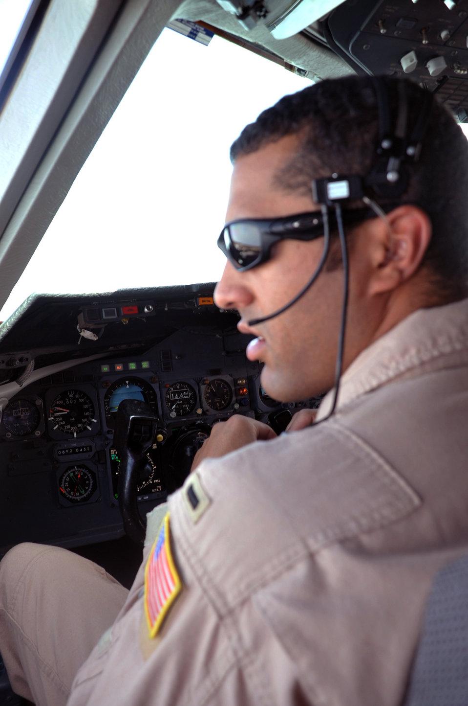KC-10 pilot