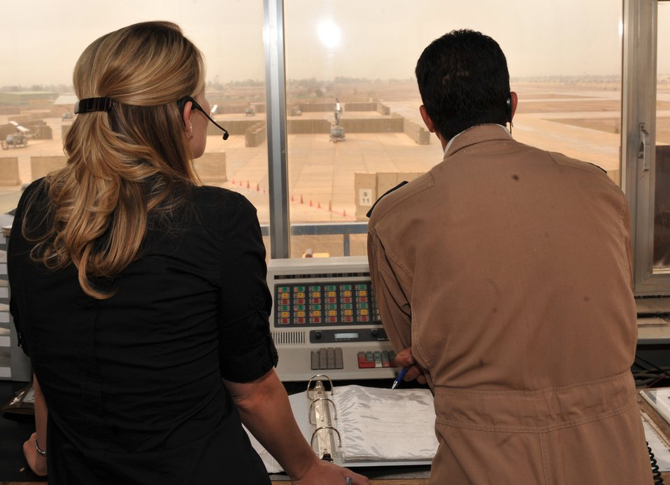 Iraqi airmen closer to controlling Taji tower