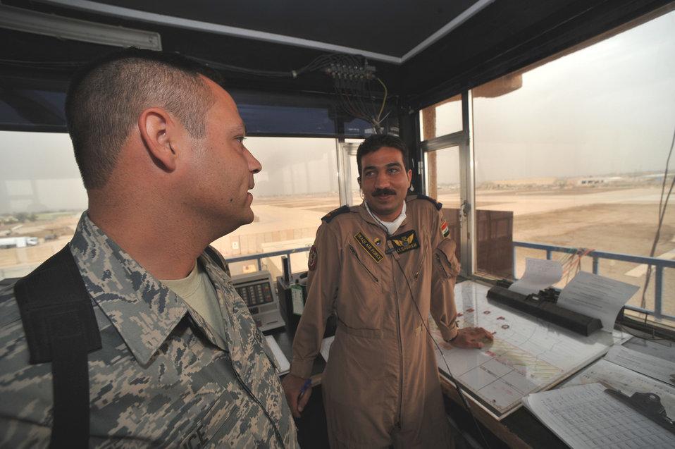 Iraqi airmen closer to controlling Taji tower