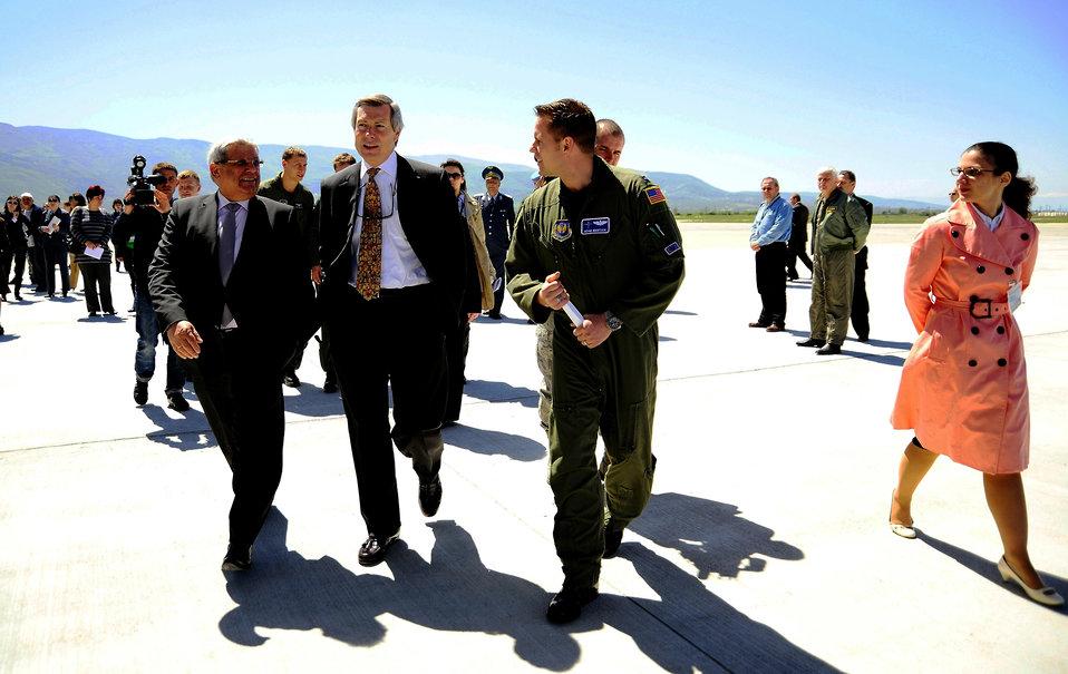 Dignitaries visit U.S., Bulgarian exercise