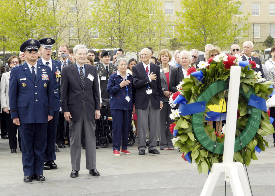 WWII bomber crew awarded Distinguished Flying Cross