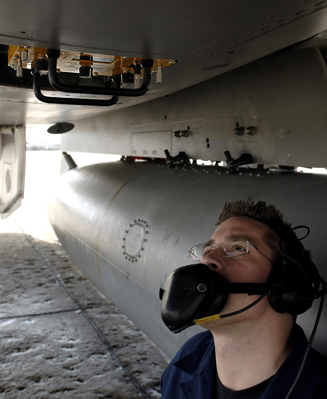 F-15 preventive maintenance