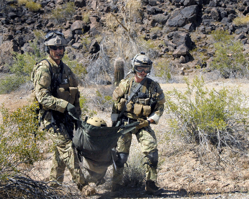 Airmen train for combat search, rescue missions