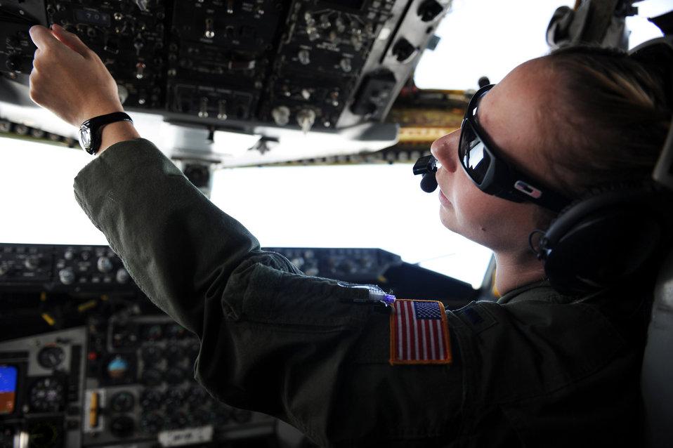KC-135 Stratotanker refueling mission