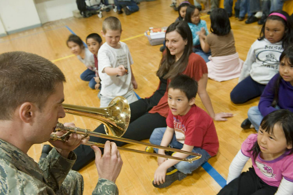 Northern Lights entertains native Alaskans during Operation Artic Care