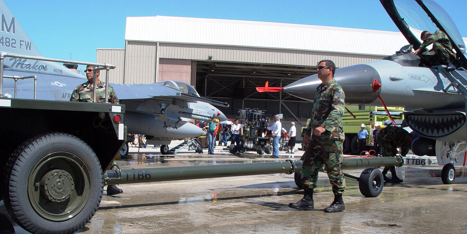 Air Force Reserve goes Hollywood