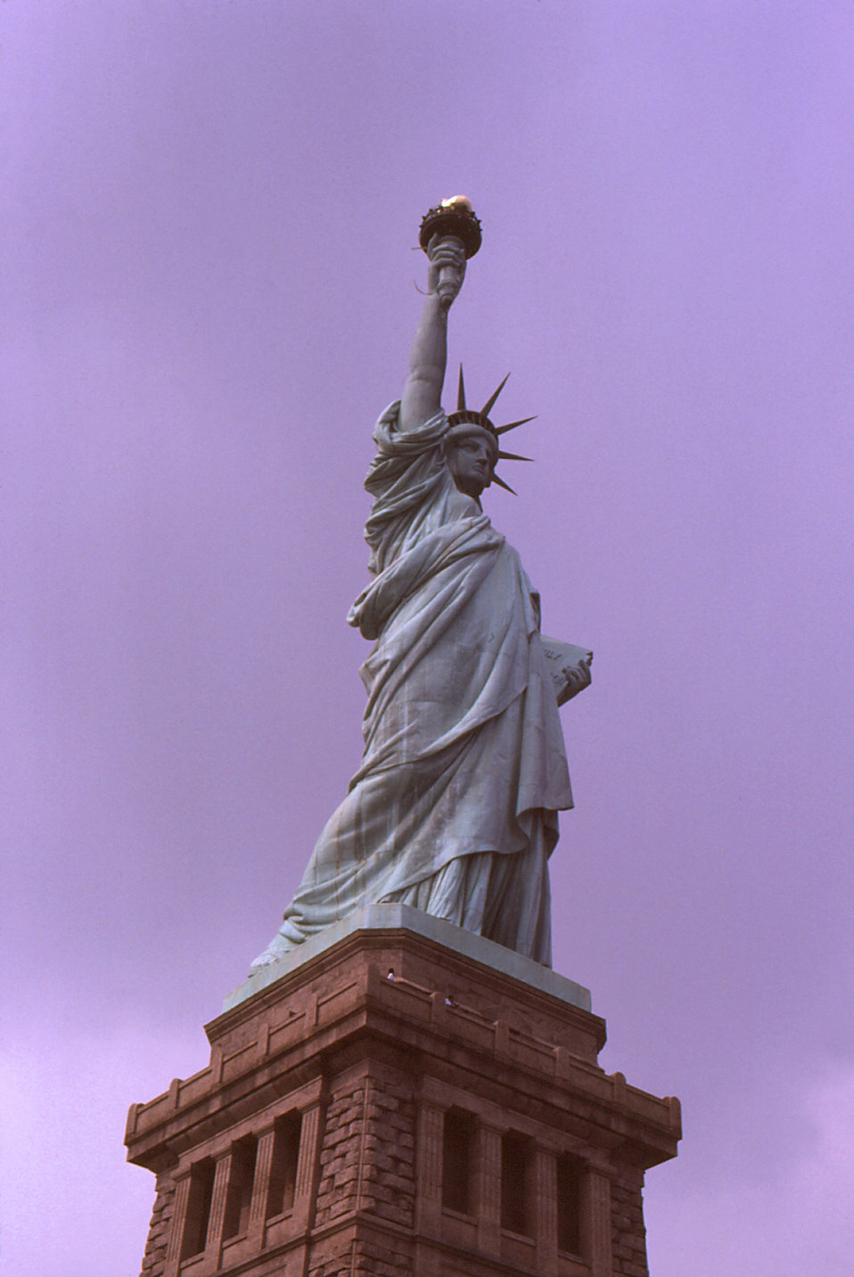 This photograph depicted the Statue of Liberty, the centerpiece of the Statue of Liberty National Monument. The statue was a gift to the peo
