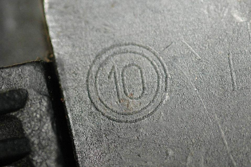 Battlefield detectives fight with fingerprints