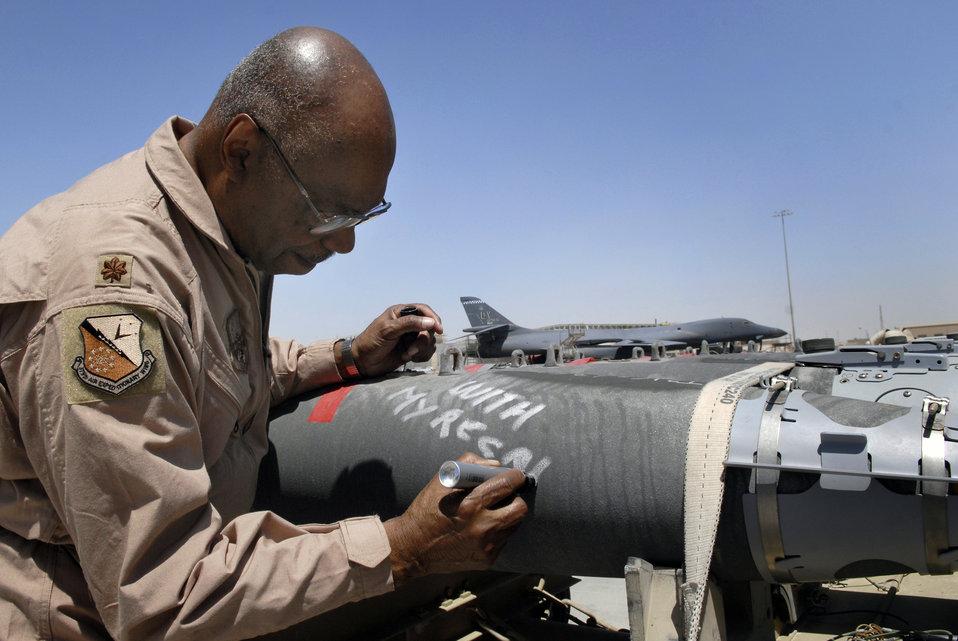 Tuskegee Airmen visit Southwest Asia
