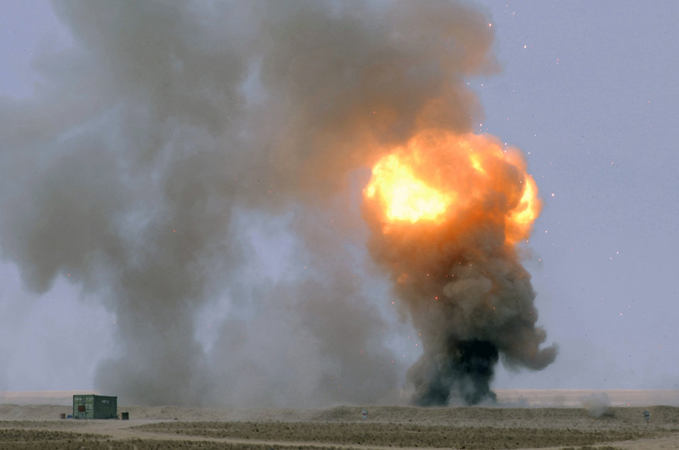 U.S. Air Force, Australian EOD have a blast
