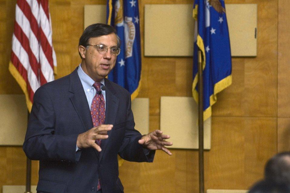 Defense procurement director promotes balanced acquisition