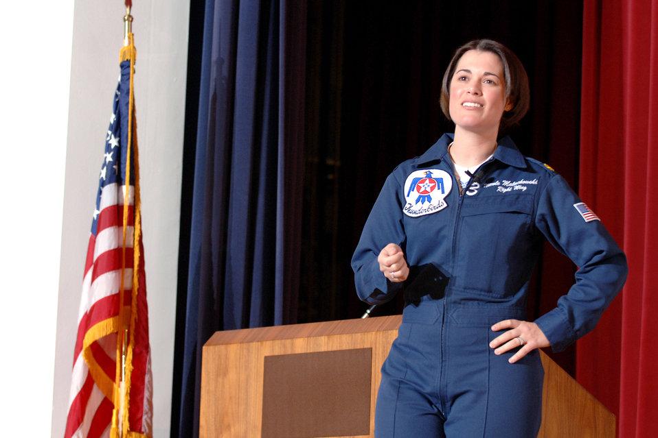 Thunderbird pilot talks to cadets on importance of teamwork