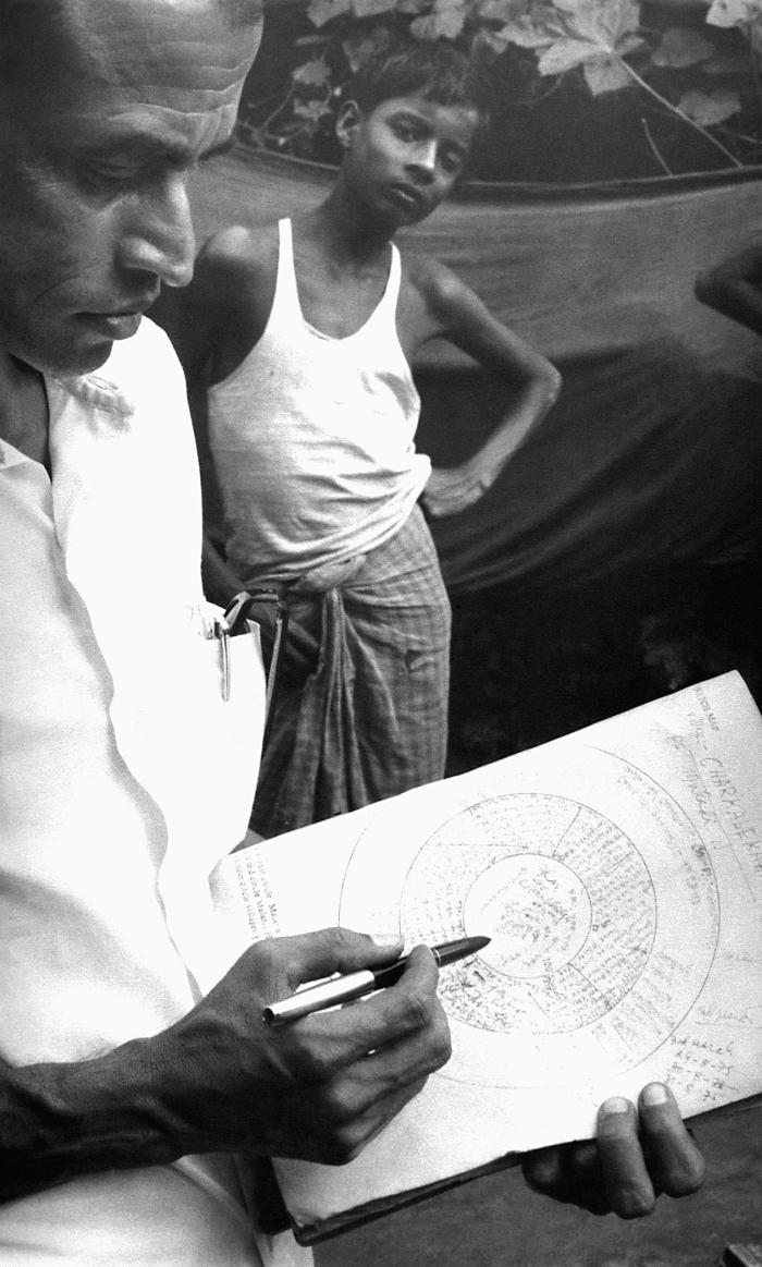 Maps were integral to achieving a successful smallpox eradication campaign outcome, for it enabled public health practitioners, and local vo