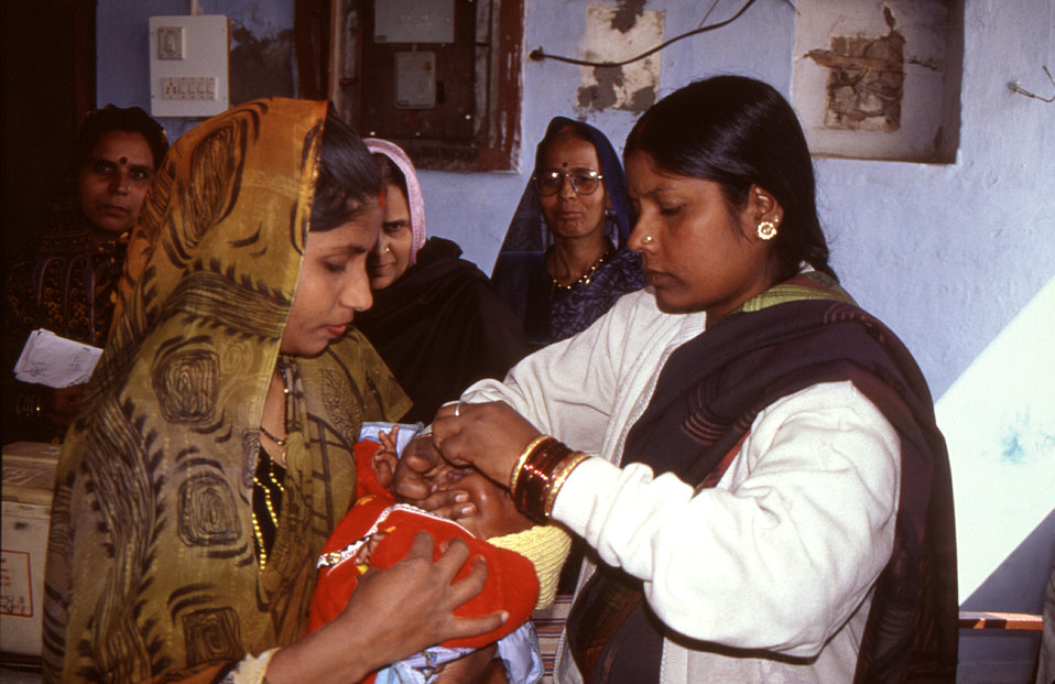 This photograph, taken in 2000, was provided by Chris Zahniser, B.S.N., R.N., M.P.H., a STOP Transmission of Polio (STOP) immunization initi
