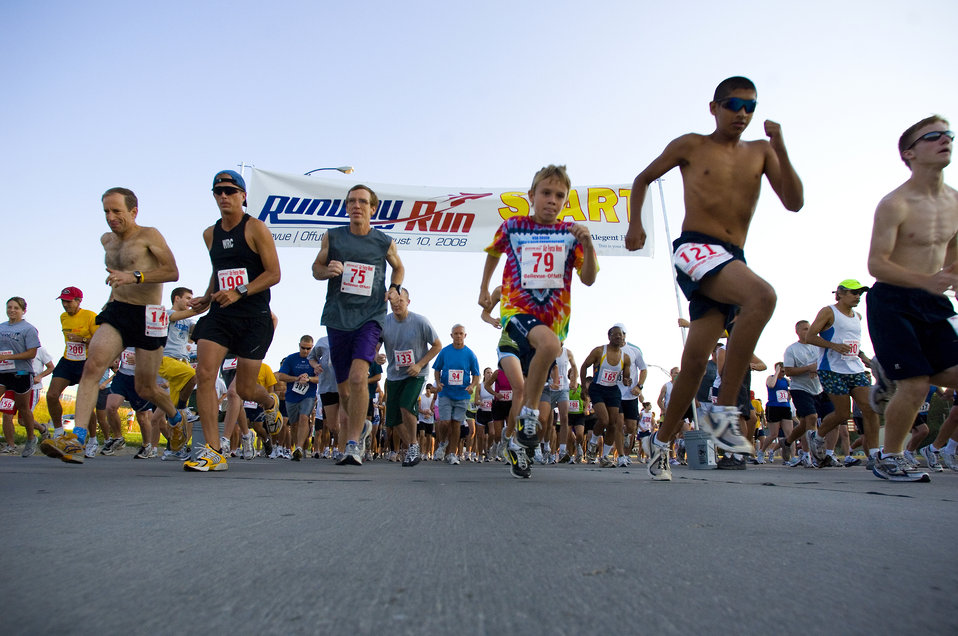 Runners get fit to fight during Air Force Week in the Heartland