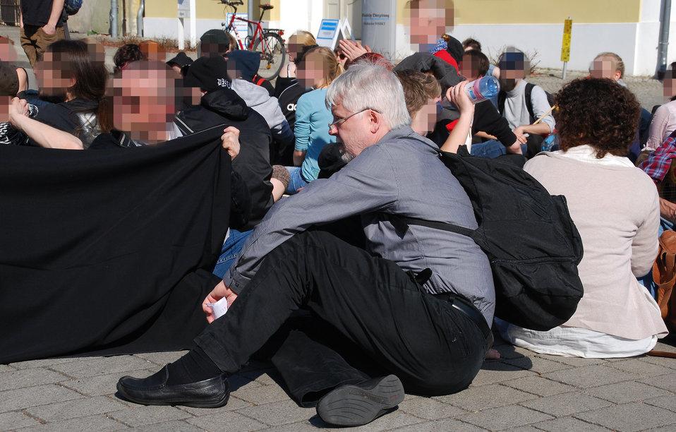 Proteste gegen den Nazi-Aufmarsch am 24.3.2012 in Frankfurt (Oder), mit Helmuth Markov, Finanzminister des Landes Brandenburg