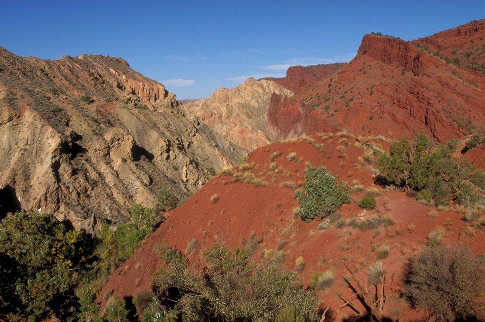 Multi-colored rock in Onion Creek area near Moab, Utah.