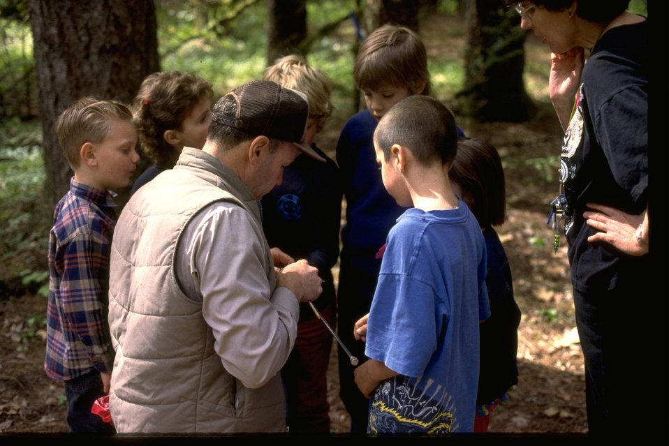 Wolf Creek Elementary students are learning environmental education.
