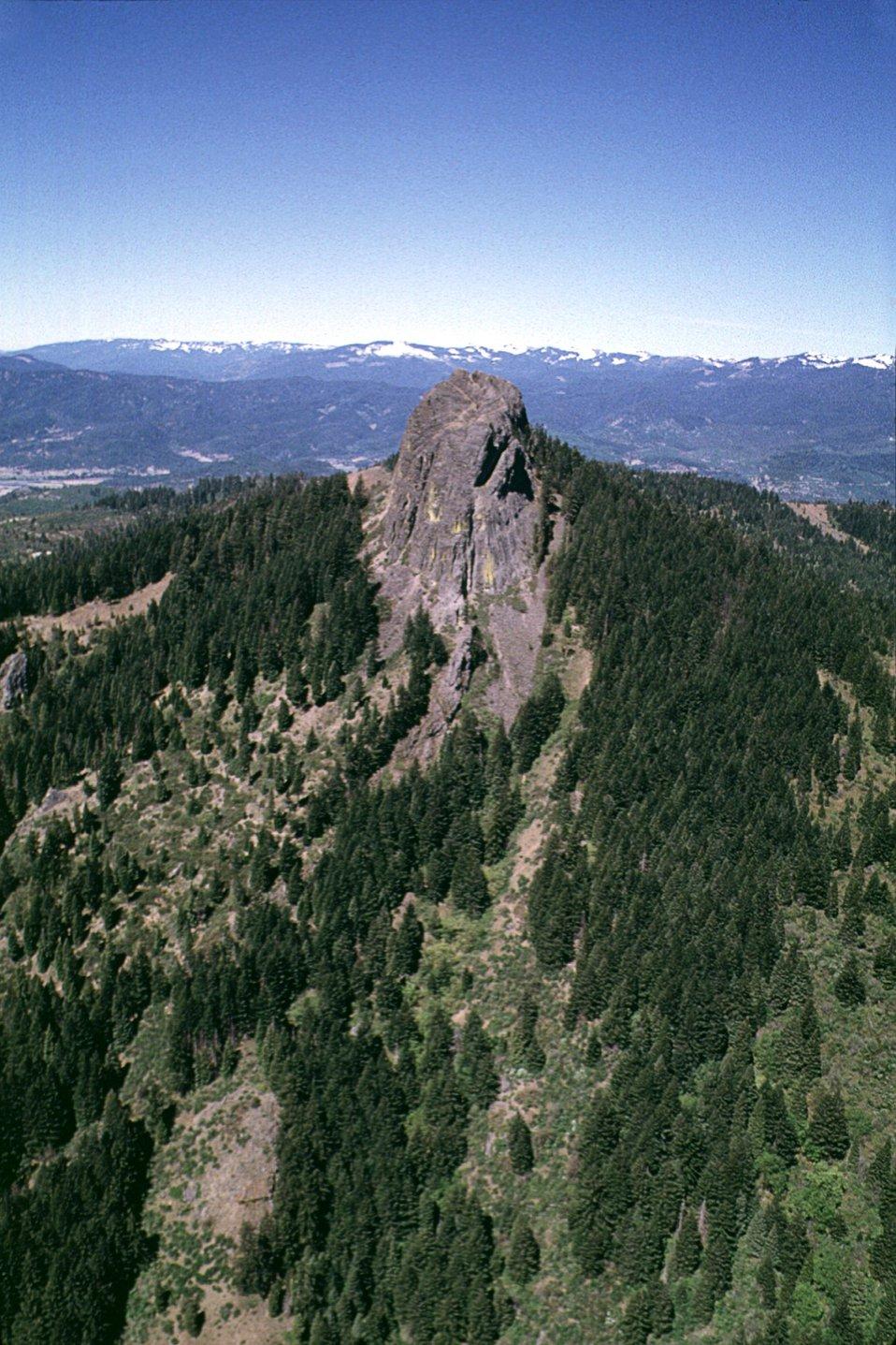 Pilot Rock showing the Cascade cut.  Frank Lane 6-99