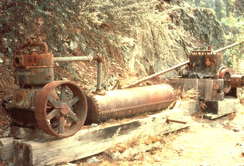 Mining Equipment  Lower Salmon River  Cottonwood Field Office  Upper Columbia Salmon Clearwater District