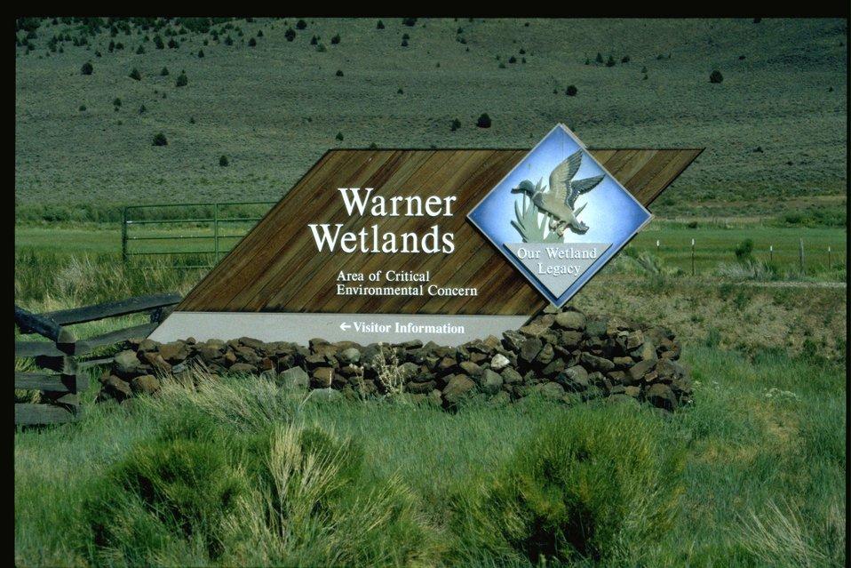 Warner Wetlands visitor information sign.