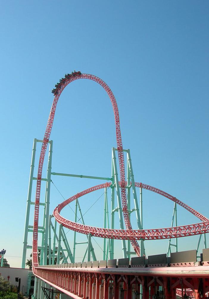 Deutsch:  Xcelerator, eine Stahlachterbahn (Launched Coaster) im US-amerikanischen Freizeitpark Knott's Berry Farm in Buena Park (Nähe Los Angeles). Xcelerator, a steel launched roller coaster at Knott's Berry Farm in Buena Park, California.
